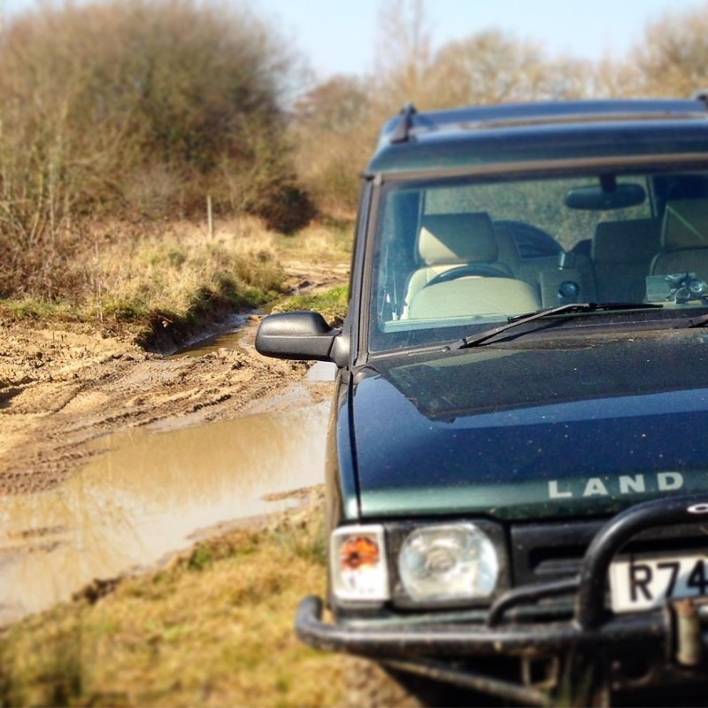 4 x 4 driving experience Buyagift berkshire 4 x 4