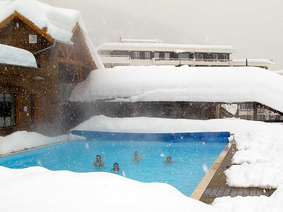 Outdoor swimming in the snow
