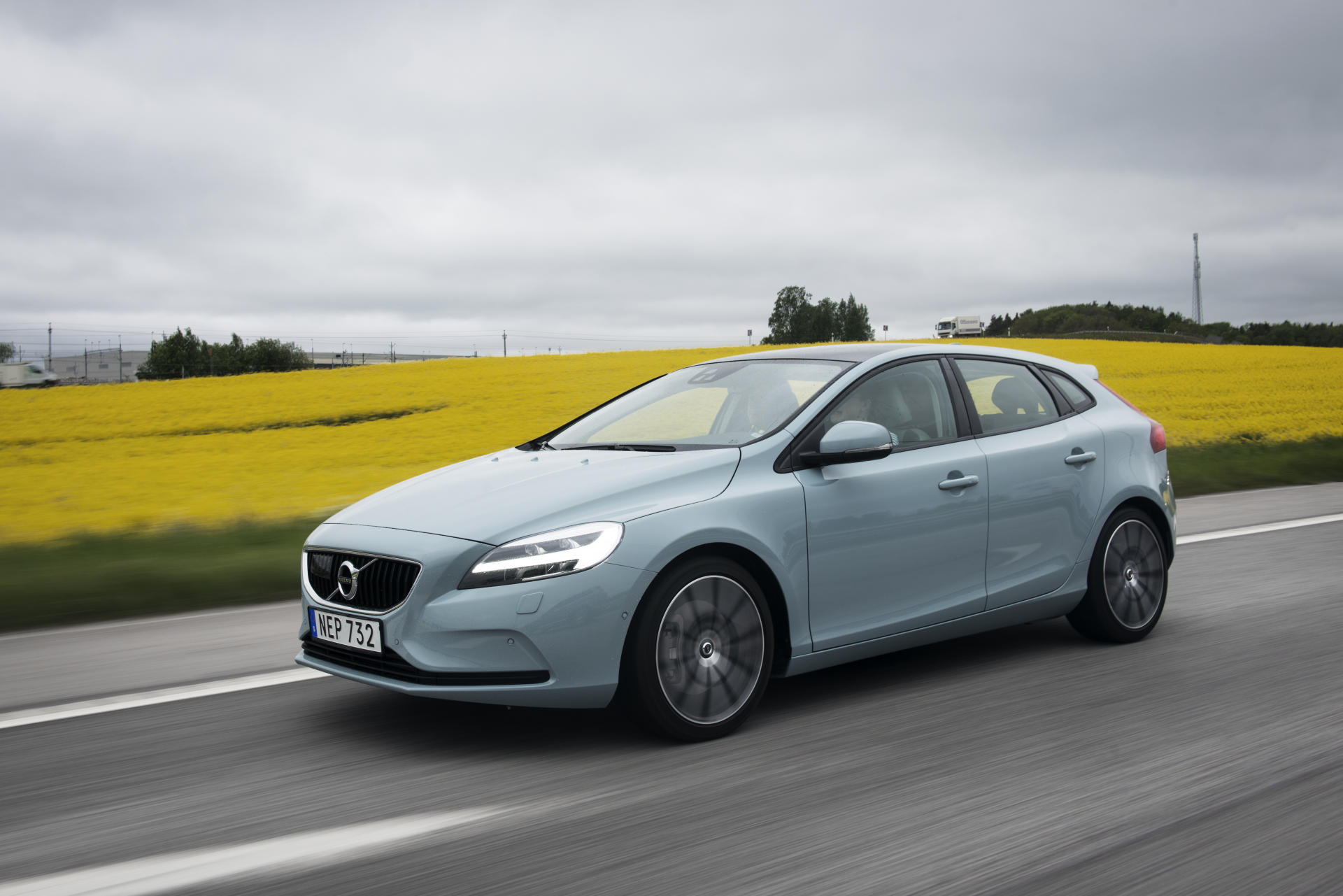 reviewing the volvo v40 24 hours in stockholm with volvo. Black Bedroom Furniture Sets. Home Design Ideas