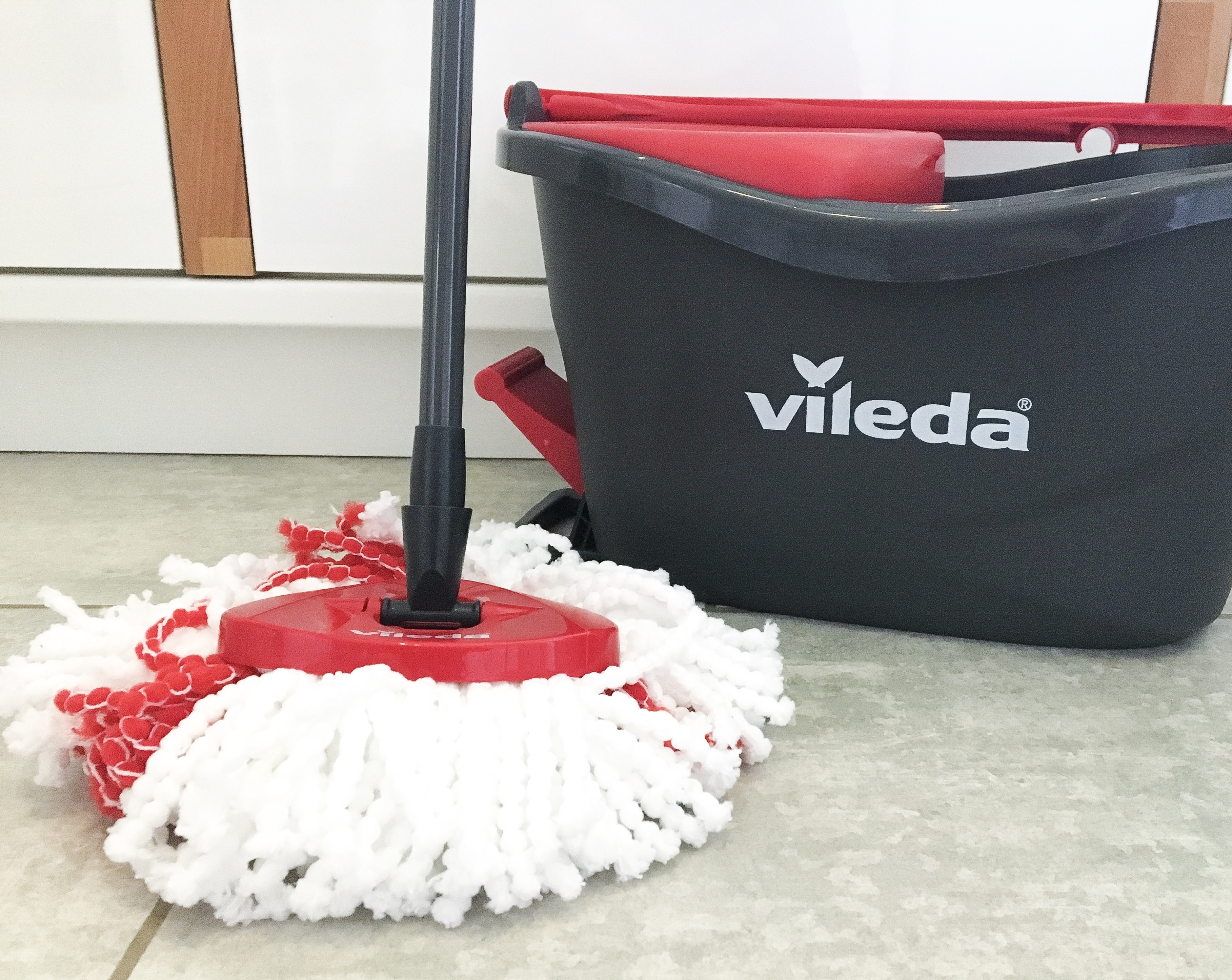 Vileda EasyWring and clean turbo mop