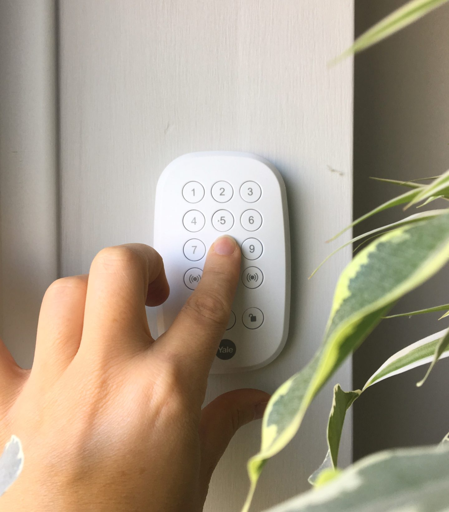 Yale Sync alarm system review
