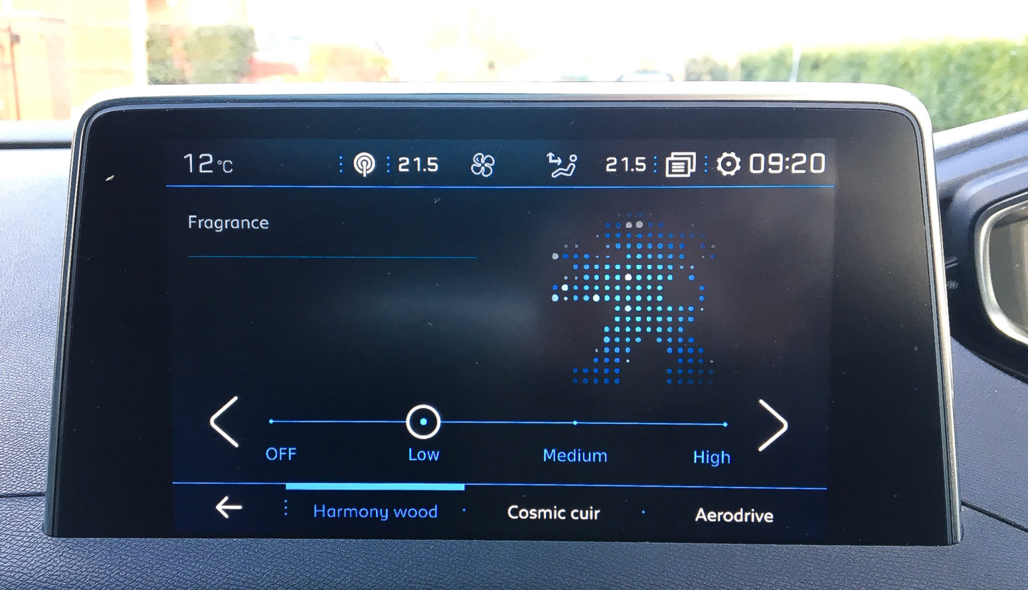 In car fragrance options Peugeot 5008