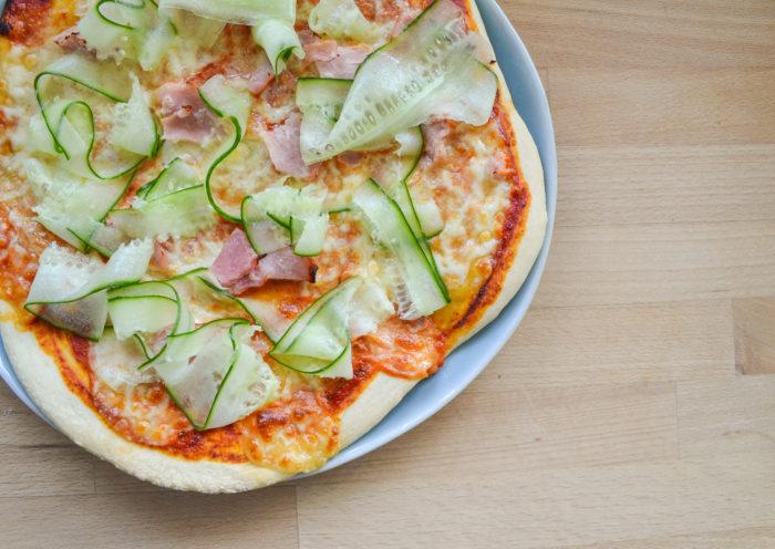 ham and cucumber pizza