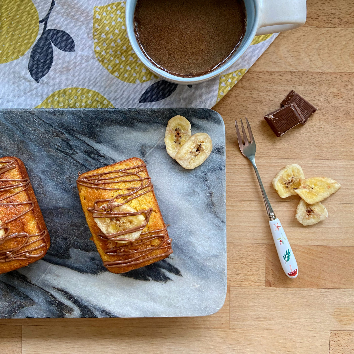 Easy mini banana loaves