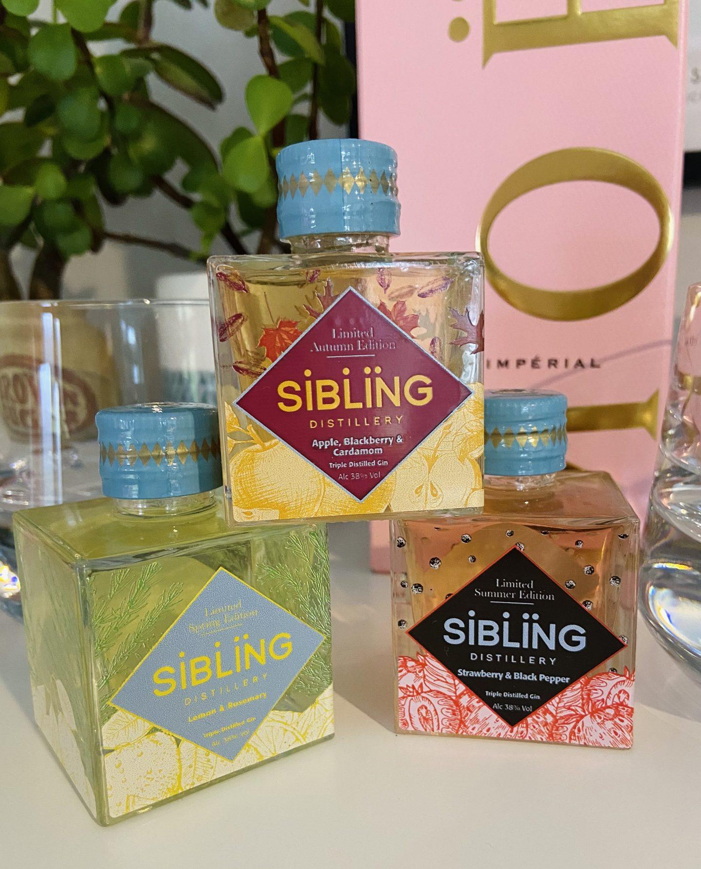 Sibling gin Moonpig